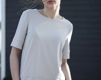 Light grey / black blouse