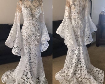 Wedding dress wedding gown