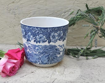 Beautiful Blue Vintage Wedgewood Woodland Pot, Planter, Vintage Kitchenware