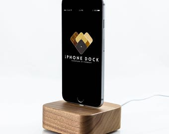 FORM good / / iPhone dock wood dock for i phone 7 6 6 s plus 5 5 s se, cell phone charging station with charging cable / / Walnut solid