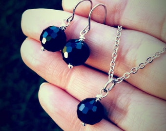 Elegant Black Faceted Disco Ball Crystal Earring Pendent Necklace Set