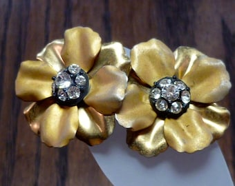 Vintage gold toned and rhinestone clip on earrings
