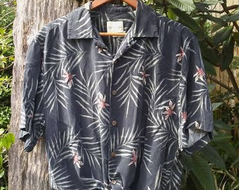 Vintage 90's Silk Tropical Hawaiian Print Button up Blouse