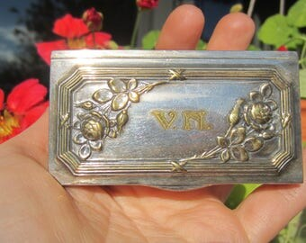Lovely antique German Wilhelm Wolff silver plated ring box / trinket box / pill box with V. N. initials and roses