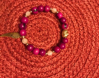 Bracelet, beaded, pink, angel wing, gold