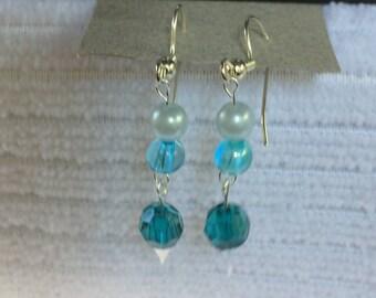 e32 - Calm Blue Sea Earrings
