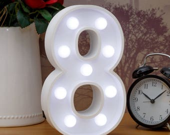 "Light Up Number 8 (Eight) - 23cm (9"") high sign, Illuminated White Wooden Marquee Letters with LED Lights Wall Hanging or Freestanding"