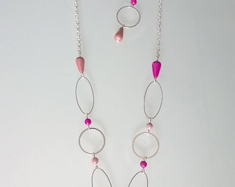 Parure set with pink/fuchsia beads