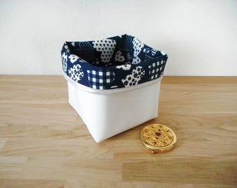 Model Small Storage Basket   Faux Leather Fabric And White Navy Blue  Printed Big Graphic Hearts