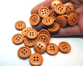 Round 4 hole wooden buttons 18mm
