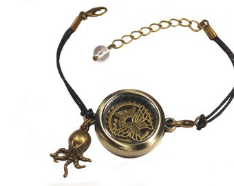 Steampunk glass Locket Bracelet