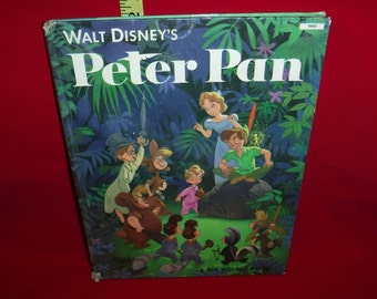 vintage childrens book PETER PAN  written in FRENCH