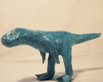Tyranosaure en papier mâché