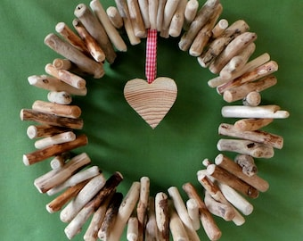 Driftwood wreath natural hanging decoration with rustic