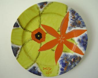 """Flat vintage """"h 23 x 23"""" with hand painted flowers"""