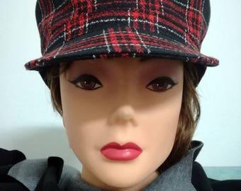 Women's cap with visor