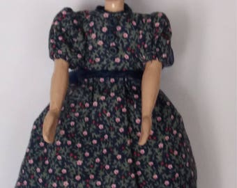 Hand crafted Hitty type doll