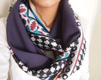 Snood collar double mid-season Arabesque motifs