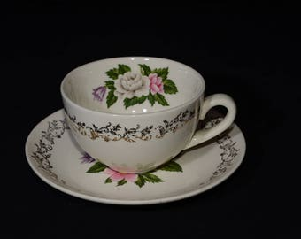22K Gold,British Empire Ware, Bouquet, teacup and saucer, vintage, floral center, Gold Filigree, Floral, Mid-century, 1940s