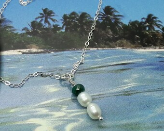 Emerald Pearls Sterling Silver Necklace/Freshwater Pearls and Emerald Necklace/Bridal Jewelry/Gift for Her/Wedding Necklace/Anniversay