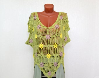 Openwork crocheted blouse with flowers