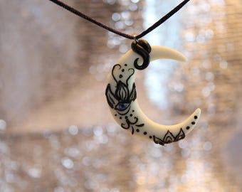 Fluorescent Moonlight necklace style mandala