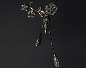 Freedom Collection Antic Silver Alloy Necklace 002