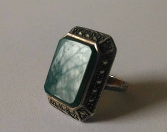Ring of Silver, Marcasiti, nephritis