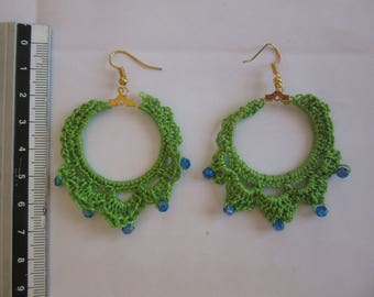 Earrings ' ears crocheted on ring with blue beads