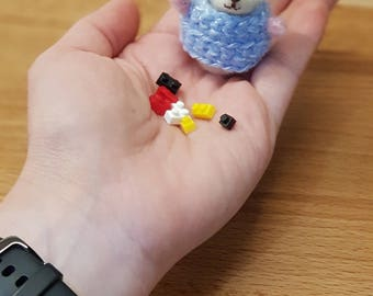 Baby mouse with lego