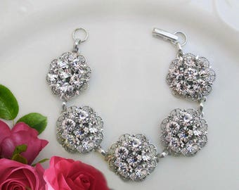 Vintage style rhinestone Wedding Statement Bracelet, bridal bracelet,statement Jewelry, Flower bracelet, bridesmaids, bridesmaids gift