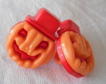 Set of 2 VINTAGE Orange Snap Together Pumpkin  Jack o Lantern Plastic BUTTONS