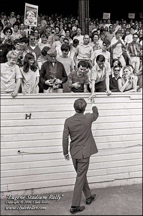 CABOOSE SPEECH, Robert F. Kennedy, Clyde Keller 1968 Photo