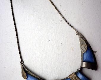 Art Nouveau Necklace - Cornflower Blue Glass - White Metal - 1920s.
