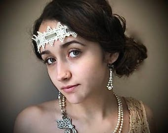 Bridal Pearl and Rhinestone Bow Vintage Roaring 20's Flapper Art Deco Necklace