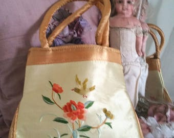 vintage embroidered bag, antique birds, bird embroidery, 90s does victorian, designs on both sides, romantic purse