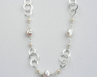 Freshwater Pearl and Sterling Silver Linked Chain Necklace - Hammered Silver Circles and Linked Pearls - Freshwater Pearl Jewelry