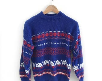 Vintage Blue, Red and White Pullover Sweater Size Medium