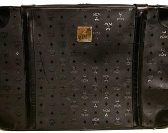 """MCM Visetos Black Edition 25"""" Inch Suitcase Luggage Travel Bag Trunk Super Rare"""