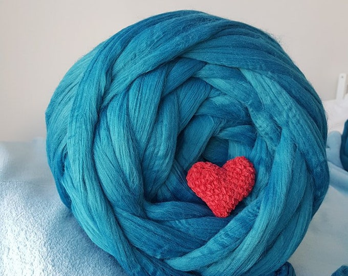 Featured listing image: Extremely Chunky Vegan Yarn Wool. Blue. Giant Knitting