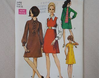 1969 A-Line Dress, Pointed Collar, Scarf, Sleeve Variations, Knee Length- Vintage 60's Simplicity Sewing Pattern 8340- Junior Size 7 Bust 31