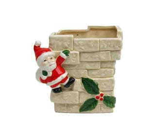 Vintage Christmas Santa Claus on The Chimney Pottery Planter Cottage Chic Detailed Bricks