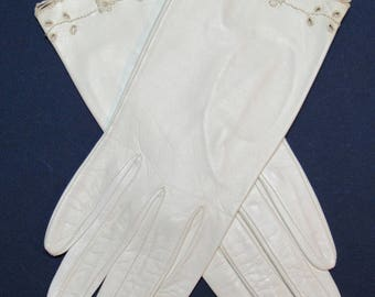 Size 6-1/2 Off White Itailian Leather Gloves