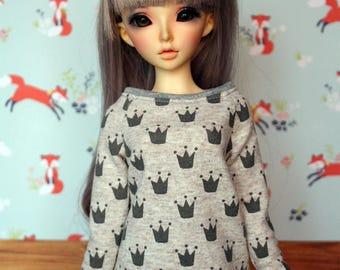 Crown sweater for minifee