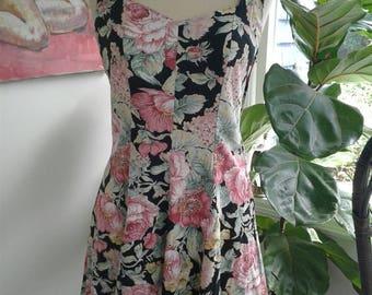 80s ALL THAT JAZZ—Noir Floral Sundress—Criss Crossing Back—Cotton Blend—Size 7/8