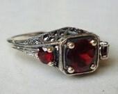Gorgeous 3 Stone Garnet Ring in Sterling Silver Art Nouveau Art Deco Victorian Edwardian Gemstone Filigree Bohemian Birthstone Boheme Gypsy