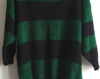 Vintage Women's Cable Knit Sweater Size S/M Striped Black Green Cute!