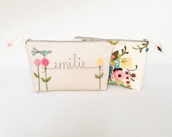 Bridesmaid Cosmetic Bag, Wedding Party Gift, Bridesmaid Gift Ideas, Personalized Cosmetic Case, Floral Makeup Bag, Floral Cosmetic Pouch