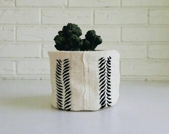 White and Black Tribal Mudcloth Plant Cover - Fabric Boho Planter - Bohemian Decor