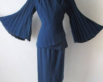 R E S E R V E D Vintage 40's Lilli Ann Royal Blue Accordion Pleat Bell Sleeve Suit